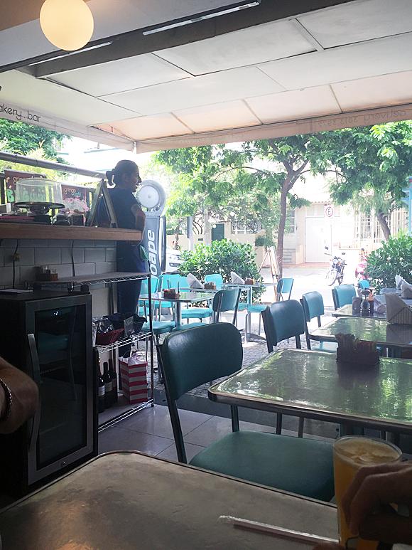 Interior do Gringo Café